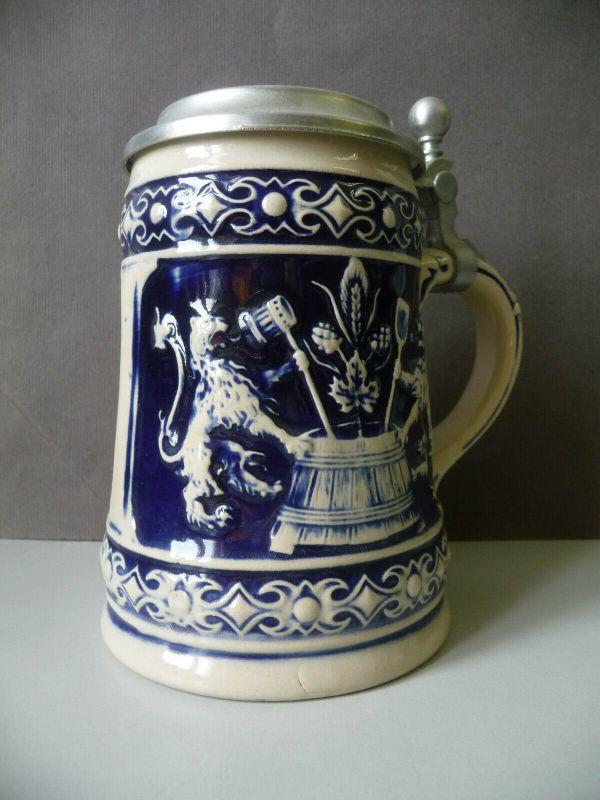 Bierkrug Humpen mit Zinndeckel Bierbrauer Keramik grau-blau