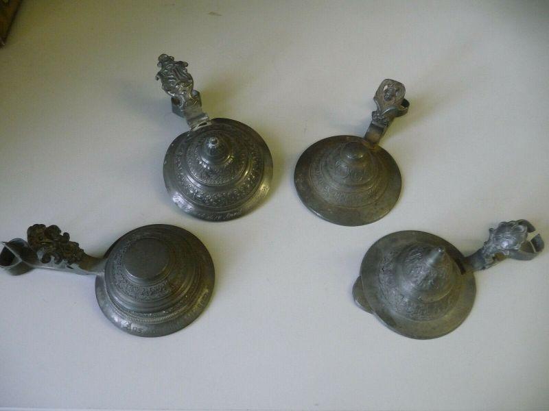 4 antike Zinndeckel für Krüge für Restauratoren Bastler