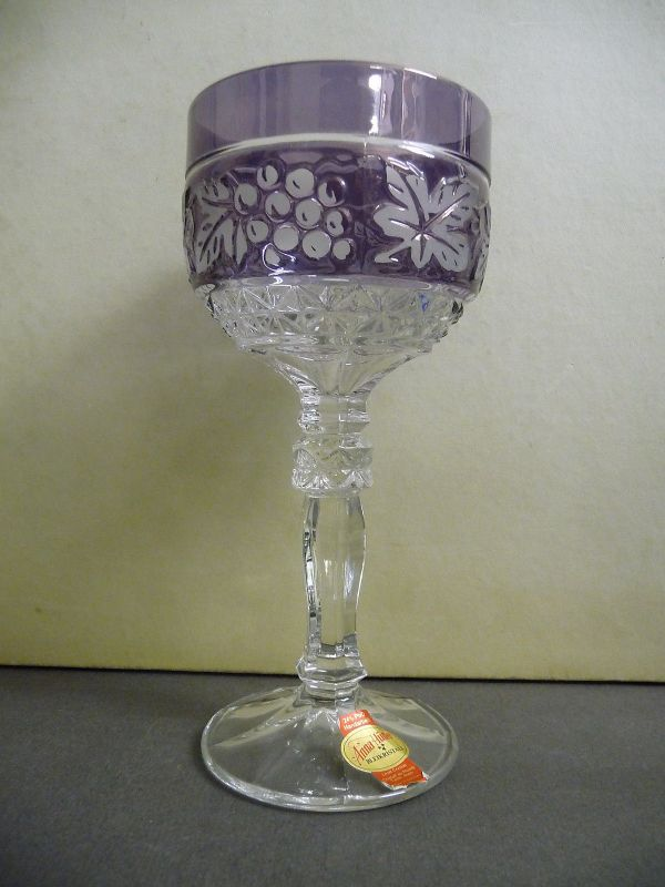 Römer Weinglas violett Trauben-Motiv / Annahütte Bleikristall