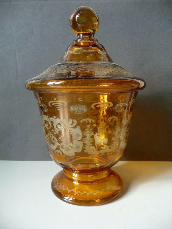 Schönes Deckelglas Pokalglas Zierglas honiggelb