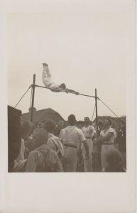 Orig. Foto Turner am Reck Sport ca. 1910
