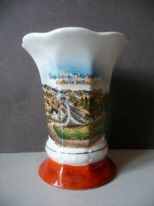 Vase Becher Reiseandenken Souvenir Steinheid Thüringerwald / Deesbach Porzellan