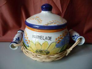 Marmeladendose Deckeldose im Körbchen / Götz Keramik