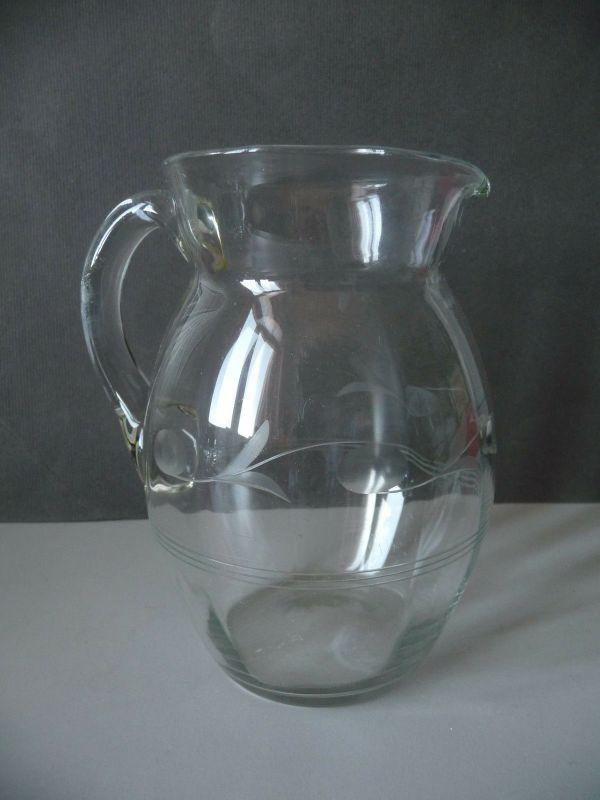 Kleiner Glaskrug einfaches Dekor 14 cm
