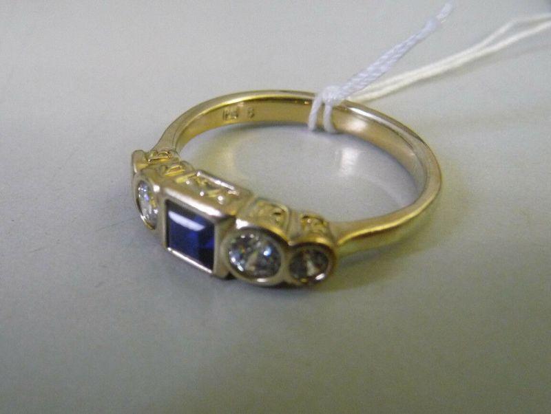 Ring mit blauem Glasstein Straß / Pierre Lang 8