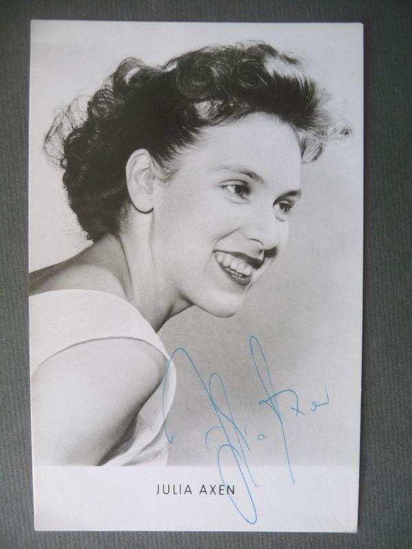 Autogrammkarte Julia Axen / Schauspielerin DDR Foto handsigniert 1963