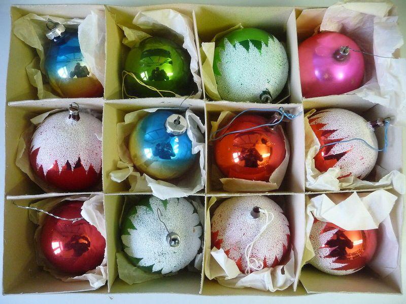 Christbaumkugeln Lauscha.12 Grosse Christbaumkugeln Weihnachtsschmuck Farbig Mit Schneestreu Lauscha