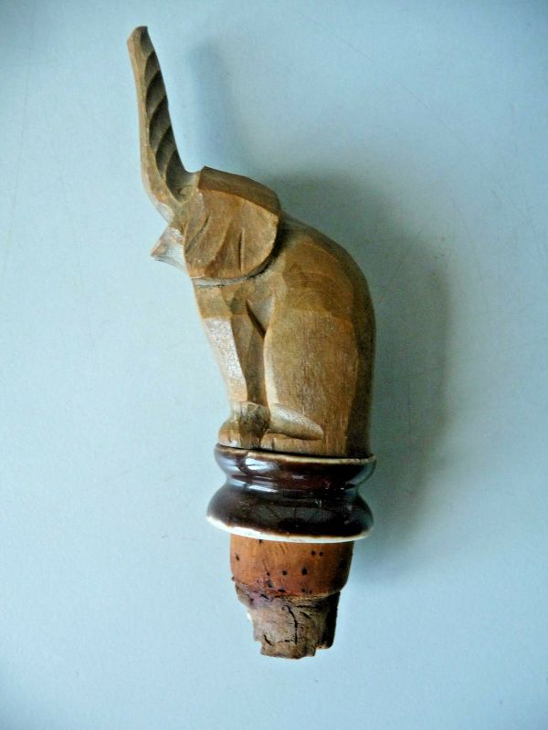 Zierkorken mit Holzfigur Elefant