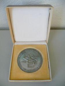 Medaille Junge Philatelisten DDR Ausstellung Halle 1973