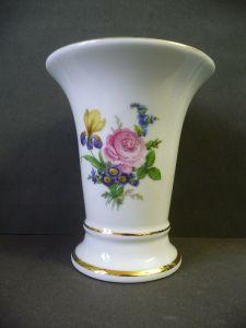 Vase mit schönem Blumendekor / Porzellanmalerei Reger