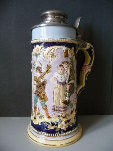 Alter Krug Bierkrug mit Metalldeckel Dudelsackpfeifer