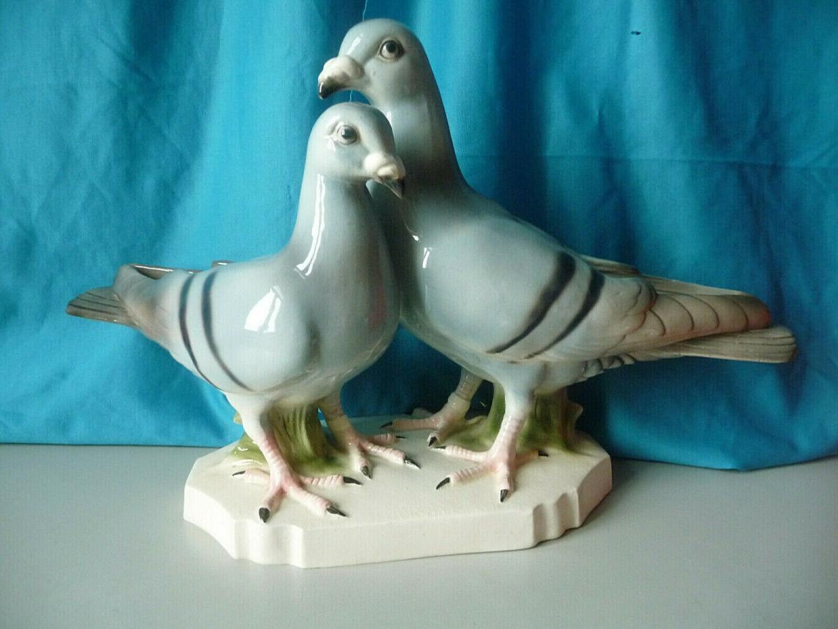 Große Tierfigur Paar Tauben Vögel / Sitzendorf Keramik