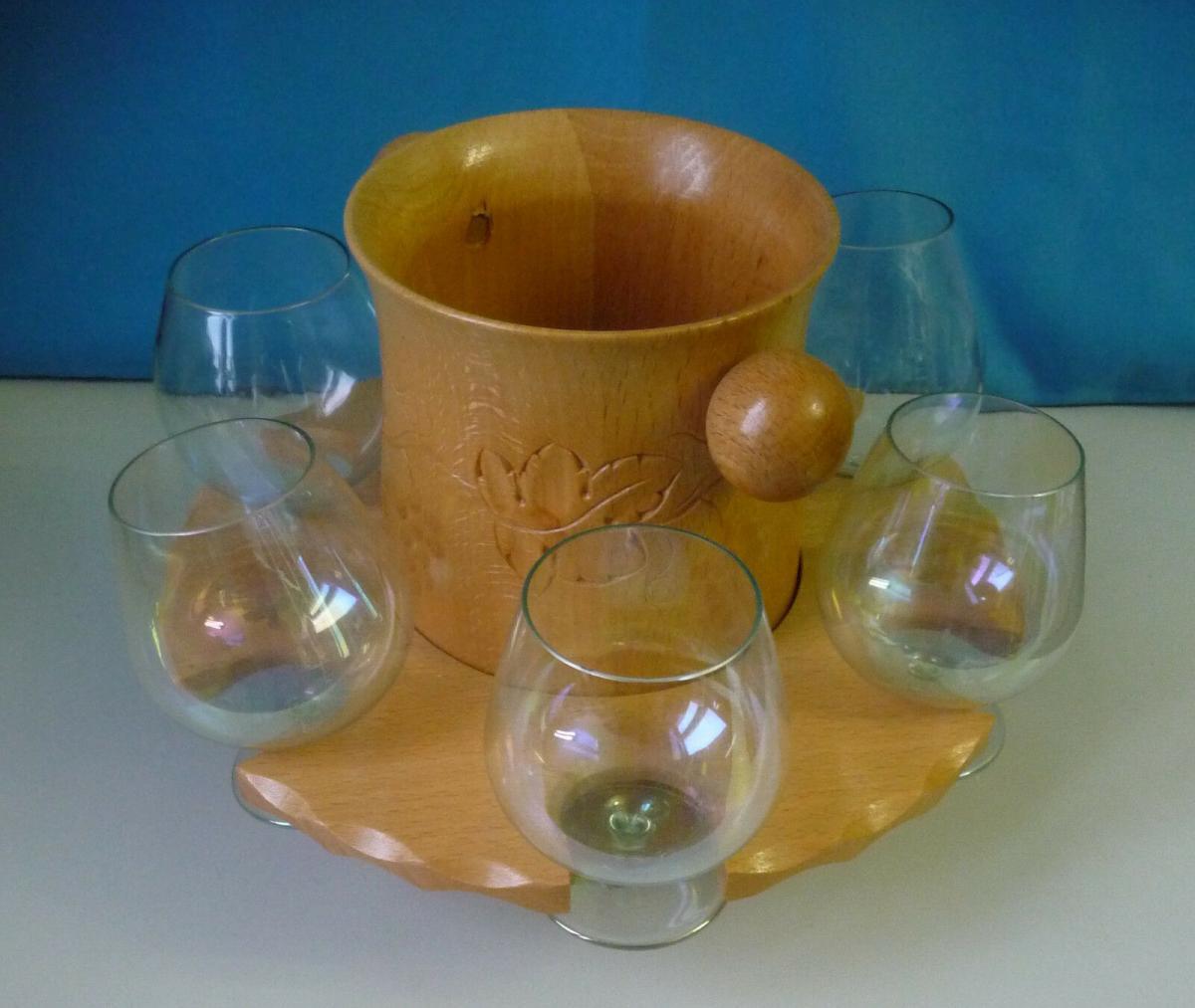 6 Weingläser in Holzständer mit Flaschenhalter Design Kult 1960er DDR 0