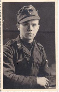 Orig. Foto Postkarte Porträt Soldat Flieger WK II