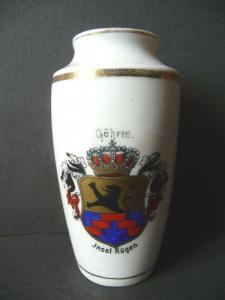 Kleine Vase aus Porzellan Andenken Göhren / Rügen Wappen