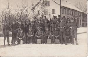 Orig. Foto Soldaten Gruppenbild Winter Schweiz?
