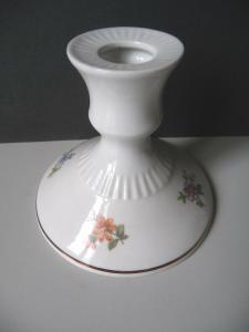 Kleiner Kerzenständer Kerzenhalter Blumendekor / Gräfenthal Porzellan
