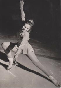 AK Foto Hana Mašková / Eiskunstläuferin CSSR 1967 unsigniert