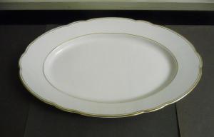 Servierplatte Fleischplatte Platte Goldrand / Tirschenreuth Bavaria Porzellan