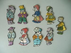 9 alte Aufnäher Sticker Applikationen Stoff Figuren Märchenfiguren