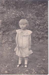 Orig Foto Porträt Kind Mädchen mit Bubikopf 1926