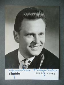 Autogrammkarte Günter Hapke / Sänger Foto DDR handsigniert 1964