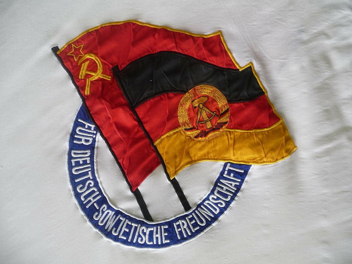 Große Fahne DSF Deutsch Sowjetische Freundschaft mit