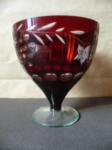 Kleines Glas Becherglas Schale rot Schliffdekor