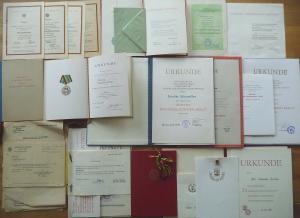 Konvolut Urkunden Dokumente der DDR / Volkspolizei NVA FDGB 1953 - 1989