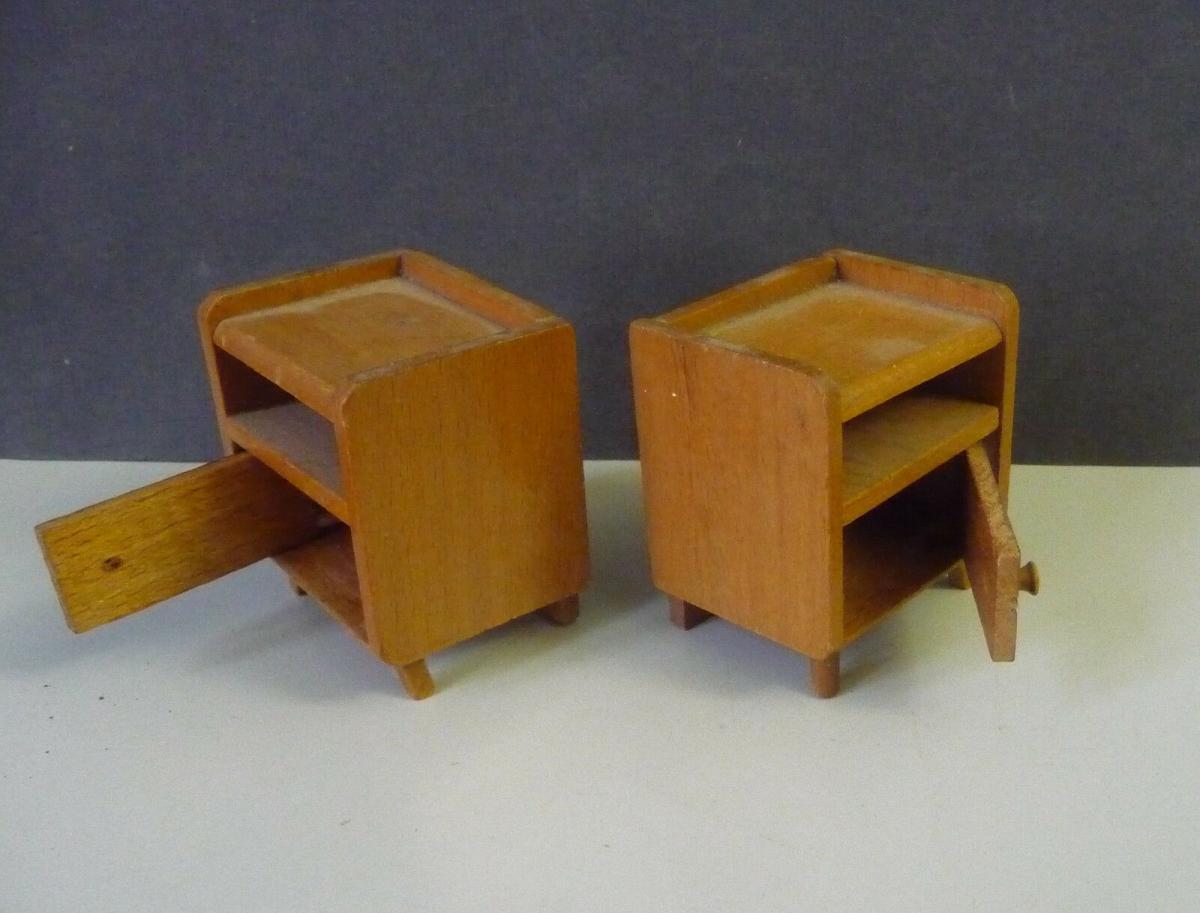 2 x Nachttisch Nachtschrank Nachtkästchen für Puppenstube 1