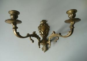 Wandleuchter Kerzenleuchter zweiarmig Metall Messing?