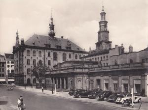 Orig. Foto Posen / Poznan Markt mit Hauptwache Rathaus Oldtimer