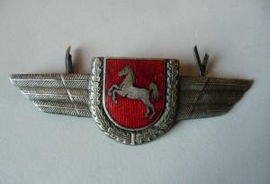 Abzeichen Spange mit Wappen Niedersachsen Flügel