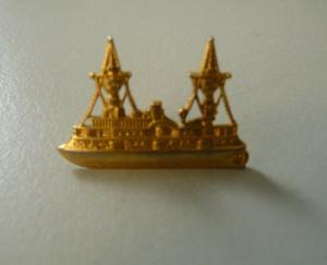 Abzeichen Anstecker Kriegsschiff Schiff