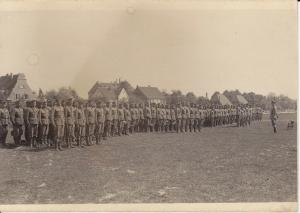 Schönes Orig. Foto Soldaten beim Appell ca. 1940