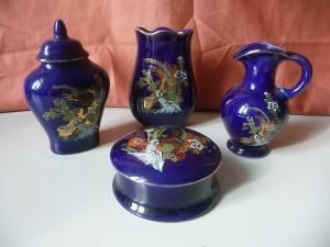 4 x Kobalt-Porzellan Dose Vase Kännchen China-Motiv Konvolut