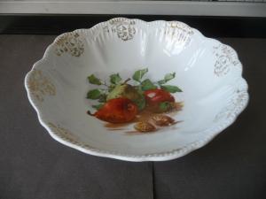 Alte Obstschüssel Schale mit Golddekor Porzellan