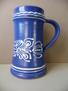 Krug Humpen Bierkrug Bierseidel blau weiß dekoriert