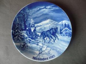 Weihnachtsteller Zierteller Weihnachten 1985 / Lichte Kobalt Porzellan