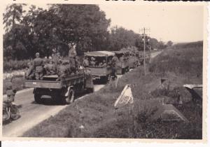 Orig. Foto Soldaten auf dem Marsch nach Verdun / Frankreich WK II 1940