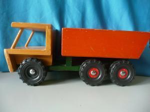 Altes Holzspielzeug Laster LKW Lastwagen Siso Holzauto ca. 1960