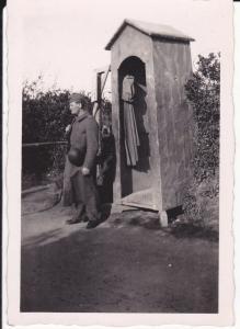 Orig. Foto Soldat auf Wache Wachhäuschen  WKII