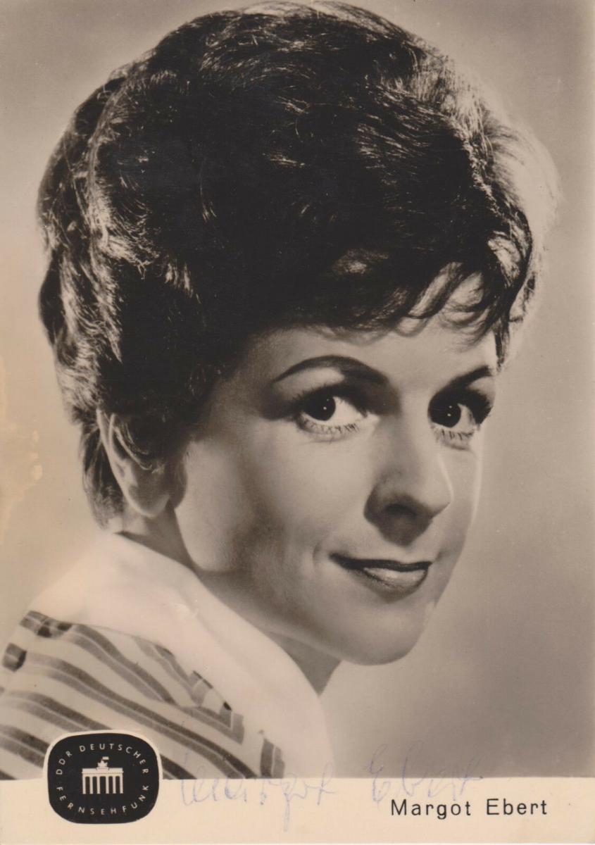 Autogrammkarte Margot Ebert / Schauspielerin DDR Foto 1965 signiert 0