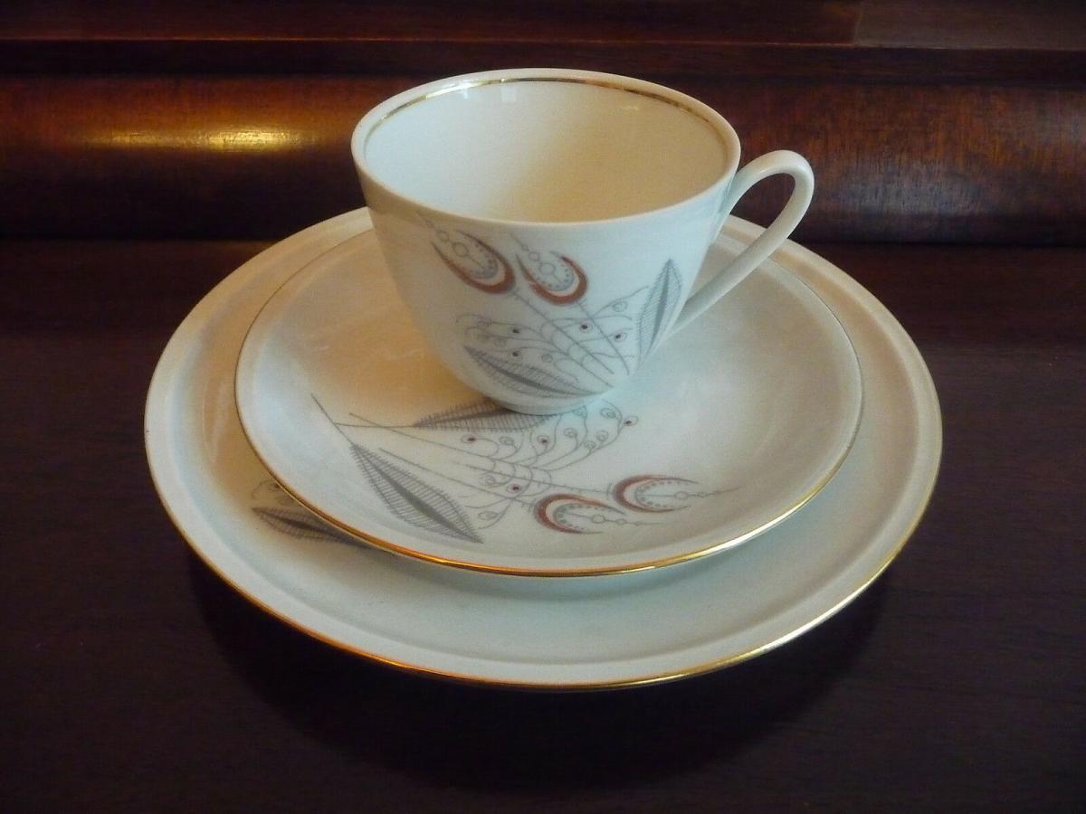 Gedeck Kaffeetasse Untertasse Teller / Freiberg Porzellan 0