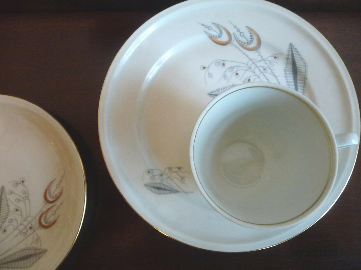 Gedeck Kaffeetasse Untertasse Teller / Freiberg Porzellan 1