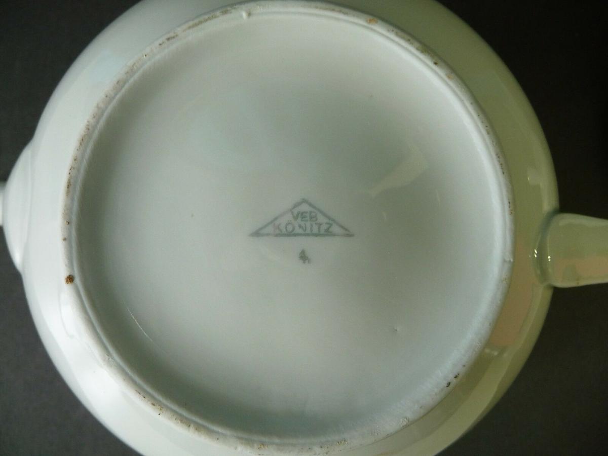 Teekanne weiß Goldrand / Könitz Porzellan 2