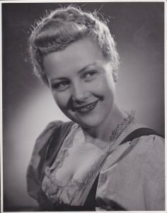 Orig. Filmfoto Pressefoto Aushangfoto Wilma Tatzel / Das schwarze Schaf 1944