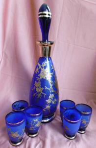Wunderschöne blau-goldene Glaskaraffe mit 6 Likörgläsern