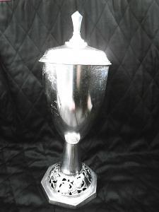 Edler, alter Pokal versilbert 1956/57
