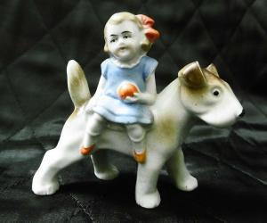 Zauberhafte Porzellanfigur